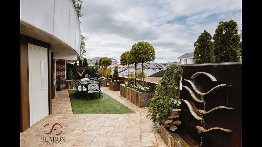 Una terraza limpia y lista