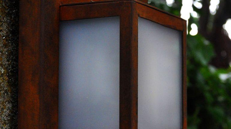 Aplique de pared acero Corten - Slabon Forja Creativa